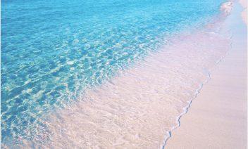 海デートでは何する?春夏秋冬遊べるアイデア5選!